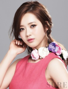 Go Ara Beautiful Pretty Sure Magazine March 2013