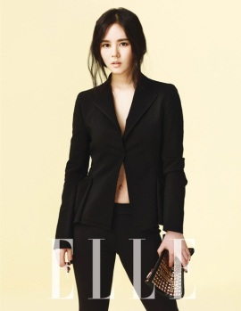 Han Ga In - Elle Magazine April Issue 2013 (2)