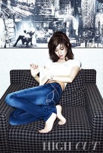 Han Hyo Joo - High Cut Magazine Vol. 98 (2)