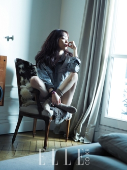 Jung Ryeo Won - Elle Magazine March Issue 2013 (3)