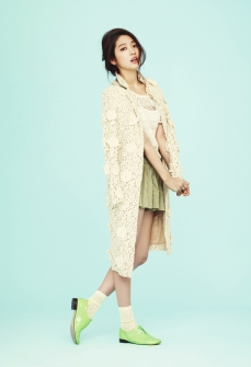 Park Shin Hye 1st Look Magazine February 2013 Cute (2)