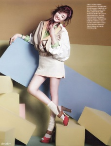 Tiffany Hwang SNSD Girls' Generation Vogue Girl March 2013 (4)