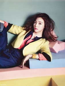 Tiffany Hwang SNSD Girls' Generation Vogue Girl March 2013 (5
