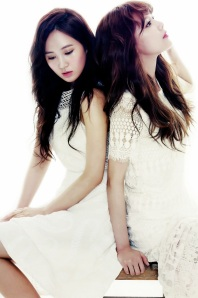 4Yuri and Sooyoung SNSD Girls' Generation The Star Magazine April 2013 (3)