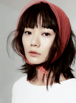 Bae Doo Na High Cut Magazine Vol. 100 (4)