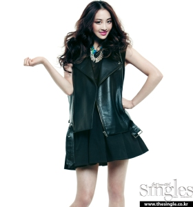 Dasom and Soyu SISTAR Singles Magazine February Issue 2013 (2)