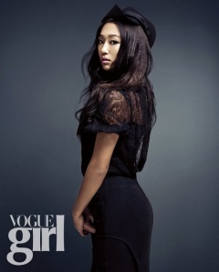 Hyorin and Soyu SISTAR Vogue Girl April 2013 (1)