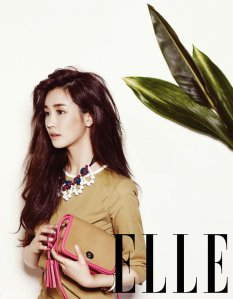 Lee Da Hae - Elle Magazine April Issue 2013 (3)