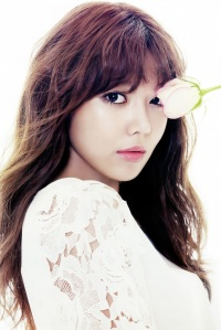 Sooyoung SNSD Girls' Generation The Star Magazine April 2013 (6)