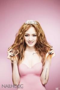 Jia (Miss A) - Nailholic Magazine (Mayo 2013)