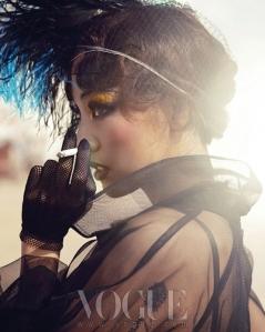Lee Hyori - Vogue Magazine Mayo 2013 (8)